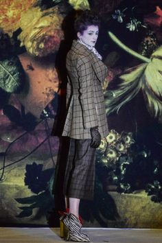 Vivienne Westwood Fall 1995 Ready-to-Wear Collection - Vogue