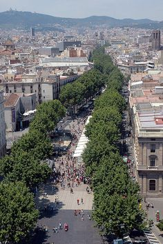 La Rambla, Barcelona, Spain WELCOME TO SPAIN! FANTASTIC TOURS AND TRIPS ALL AROUND BARCELONA DURING THE WHOLE YEAR, FOR ALL KINDS OF PREFERENCES. +34 664806309 VIKTORIA https://www.facebook.com/pages/Barcelona-Land/603298383116598?ref=hl