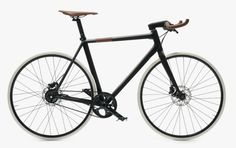 Hermès Le Flâneur sportif d'Hermès Carbon Bicycle Hermes, Gq, Bike Brands, Cycle Chic, Fixed Gear, Fixed Bike, Sports Equipment, Will Smith, Carbon Fiber