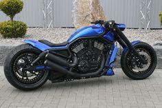 Sick Blue V-Rod Moto Bike, Motorcycle Art, Custom Harleys, Custom Motorcycles, V Rod Custom, Harley V Rod, Old Mercedes, Motos Harley Davidson, Hot Rides