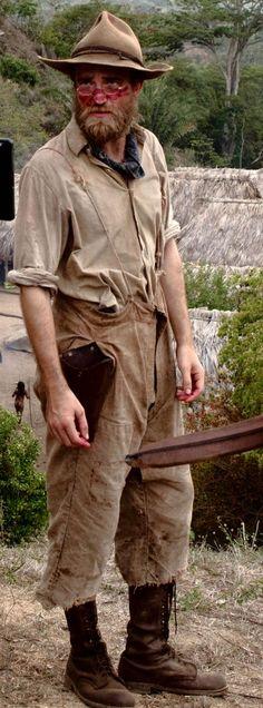 PattinsonWorld-BTS Henry Costin #LostCityOfZ  http://imgbox.com/nhjYuWBN