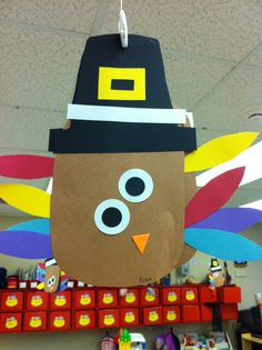 Thanksgiving craft pre-k---I'm sure it wouldn't be hard to remake