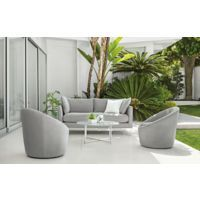 Clean lines and easy-care Sunbrella® fabric make our Palm sofa a perfect solution for this small outdoor space.
