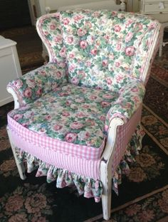 Juniper Hill Antiques: Chairs! I Love Chairs! The Chairs of Juniper Hill