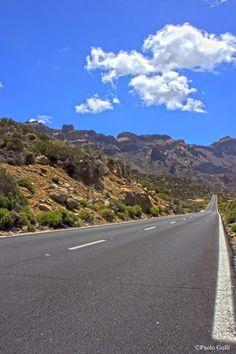 #SirPavolo's blog: #Distanza http://sirpavolo.blogspot.co.uk/ #tenerife #strada #road #distanza #distance #viaggio #trip #cielo #sky #montagne #mountains