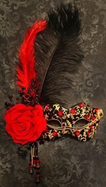 Wedding Ideas - Masquerade : See more about wedding cakes, carnival wedding and carnival theme weddings. Sweet 16 Masquerade, Masquerade Party, Masquerade Masks, Mardi Gras, Mascarade Mask, La Danse Macabre, Beautiful Mask, Carnival Masks, Venetian Masks