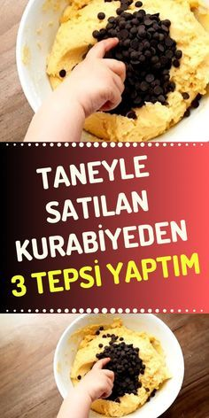 There are cookies sold in those very famous coffee chains, you know, today we make 3 trays of those cookies. Easy Desserts, Delicious Desserts, Dessert Recipes, Yummy Food, Subway Cookie Recipes, Starbucks Cookies, Milk Bread Recipe, Turkish Recipes, Ethnic Recipes