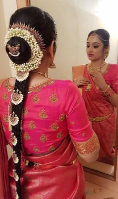 Blouse design with traditional south silk saree Bridal Hairstyle Indian Wedding, South Indian Bride Hairstyle, Bridal Hairdo, Indian Wedding Hairstyles, Indian Bridal Wear, Bride Hairstyles, Hairstyles Haircuts, Indian Wear, Silk Saree Blouse Designs