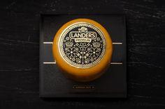 TheBestPackaging.ru – Landers – сыр от Fabula Branding