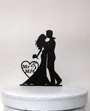 "Wedding Cake Topper - Bride and Groom Wedding silhouette with ""Mr & Mrs"""