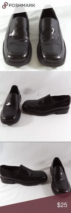Bostonian Strada Mens Leather Slip On Loafers 10.5 Very nice pair of Bostonian Strada Leather Dress Shoes #26641 size 10.5M, made in Italy with very light wear. Outsoles measure 12.5'' in length and 4.5'' wide at widest part of foot Bostonian Shoes Loafers & Slip-Ons