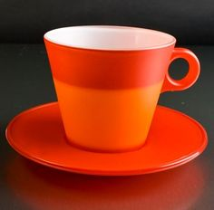 An Espresso color changing cup.  The beauty of this is to ensure that we drink our espresso when its still hot.  Because the warmer the coffee the better the flavor and taste.