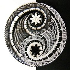 Weaving Patterns, Lace Patterns, Star Patterns, Crochet Patterns, Crochet Mat, Crochet Doilies, Hand Crochet, Tattoo Dentelle, Feather Scarf