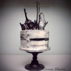 #cake#torte #torten #schwarzweiß #schwarzweiss #bake #backen #birthday #geschenk #soest #germany #deutschland #buttercream #caketutorial #торт #крем #тортвподарок #design #cakedesign #foodart #foodphotography#zuckerkunst_soest50