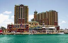 Wyndham Vacation Resorts Emerald Grande at Destin #travel #couples #getaway #luxury #ocean #resort #family #beach #sand #sun #FL #oceanside #beachfront #vacation