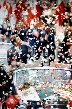 xkrylon:  such an iconic picture. I seriously wonder what jfk's last thought was. makes me think.