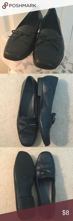 """Shoes - S.R.O. S.R.O. Shoes in Black.  Slip on loafer style.  Size 10.  Heel in 3/4"""".  Leather top and rubber sole.  Like new. s.r.o. Shoes Flats & Loafers"""
