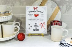 hot cocoa sign, hot cocoa sign printable, 3d hot cocoa sign #christmasprintable #polymerclay Simple Christmas, Christmas Diy, Decor Crafts, Diy Crafts, Oven Bake Clay, Budget Home Decorating, Drink Signs, Polymer Clay Christmas, Christmas Printables