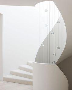 Toorak House // Robert Mills Architects