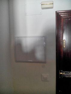 El mejor complemento para ocultar el cuadro el ctrico de - Tapa cuadro electrico ikea ...