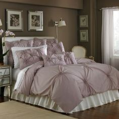 Blossom is a solid color Duvet program with a Vintage appeal. Delic...