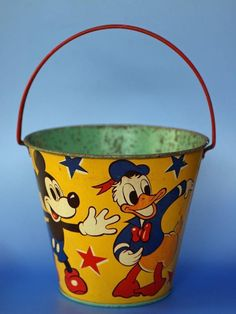 Vintage Tin Sand Pail Seaside Bucket Happynak  Disney Mickey Mouse Donald Duck