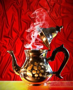 Teapot by Giuseppe Peppoloni