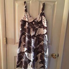Tommy Bahama dress EUC Tommy Bahama dress . Leaf print , brown and white , knee length , size medium . 95% supima cotton quality . Machine wash Tommy Bahama Dresses