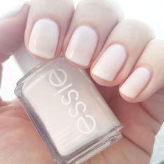 essie - tuck it in my tux | #nails #manicure