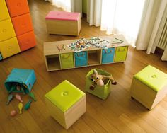 Kids Closet Organization Design, Pictures, Remodel, Decor and Ideas - page 34 Again boxes on wheels or maybe crates?