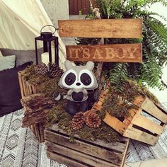 These trendy woodland baby shower ideas are so cute, every forest friend will wa. - These trendy woodland baby shower ideas are so cute, every forest friend will want to be invited. Boy Baby Shower Themes, Baby Shower Parties, Baby Boy Shower, Woodlands Baby Shower Theme, Woodlands Baby Shower Decorations, Baby Shower Green, Forest Baby Showers, Outdoor Baby Showers, Woodland Creature Baby Shower