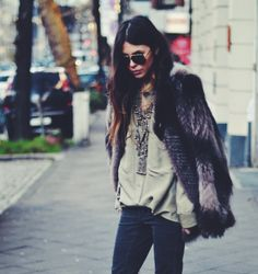 Fox Fur Jacket (I am pretty sure) vscocam_1389021547.684917.IMG_2379.JPG 1,506×1,600 pixels