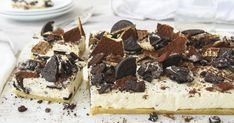 Cookies and Cream Cheesecake Oreo Wafers, Chocolate Wafers, Chocolate Fondant, Cookies And Cream Cheesecake, Frozen Cheesecake, Cheesecake Recipes, Summer Desserts, Easy Desserts, Oreo Milk