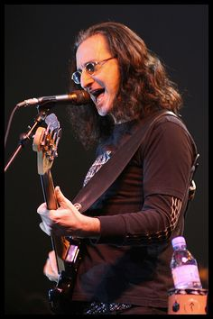 Geddy Lee of Rush Rush Concert, Piano, Rush Band, Geddy Lee, Alex Lifeson, Neil Peart, Classic Rock Bands, Rock And Roll Bands, Best Song Ever