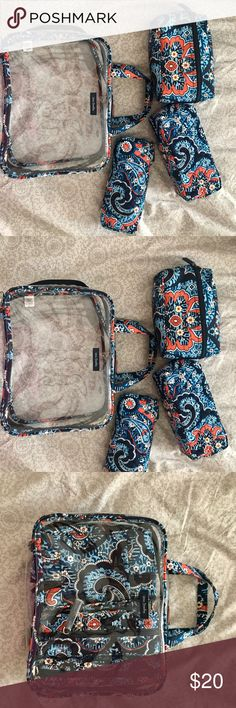Vera Bradley 4pc cosmetics set Perfect for traveling. 4pc set to organize your things while on the road! Vera Bradley Bags Cosmetic Bags & Cases