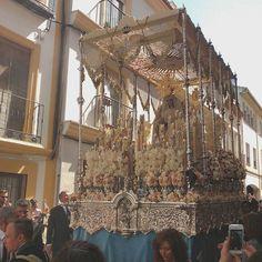 En #Instagram: Virgen de la Alegría #DomingoDeResurrección #Córdoba #España #SemanaSanta #SSCórdoba2016 #cofrade http://ift.tt/1q9i7oL