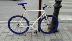 Bicicleta Albacete -Fabricbike azulada-