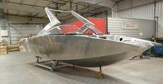 Pavati aluminum wake boats