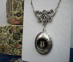 vintage-typewriter-key-necklace