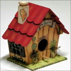 Love this decorative birdhouse. Bird House Feeder, Diy Bird Feeder, Bird Houses Painted, Bird Houses Diy, Diy And Crafts, Paper Crafts, Pintura Country, Decoupage Art, Country Paintings