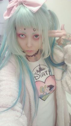 Pastel goth clothing, soft grunge, pastel hair, nu goth, fashion, pastel hair, unicorns