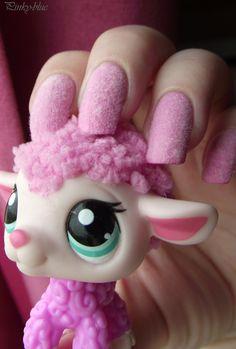 Nail art petshop sheep - fluffy lol!