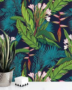 The Tropical Jungle Print wallpaper mural will give any wall a tropical vibe with its big, bold palm tree and banana leaves pattern. The bold colors and modern design of this wallpaper mural will create an on-trend backdrop for any room. Gold Poster, Hawaiian Plants, Jungle Pattern, Murals Your Way, Tropical Wallpaper, Deco Originale, Watercolor Walls, Jungle Print, Dark Blue Background
