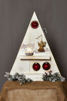 Wooden small decorative Christmas tree