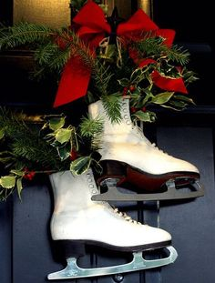 Now here's an idea to recycle my old ice skates! Kay Ellen: Christmas at Home