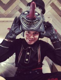 NEW | So Evan (Kai) is indeed the Three-Faced Clown! AHS Cult rocks! Follow rickysturn/evan-peters