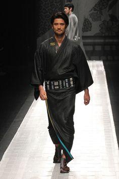 [No.38/109] JOTARO SAITO 2013~14秋冬コレクション | Fashionsnap.com