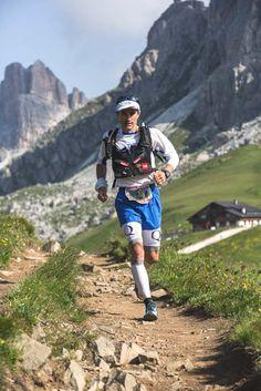 SÉBASTIEN CHAIGNEAU  Vainqueur de la Grande Traversée des Alpes en 2004, triple vainqueur du Lybian Challenge en 2007, 2008 et 2009 et double finaliste de l'Ultra-Trail du Mont Blanc (UTMB) en 2009 et 2011, l'utra-traileur du team North Face Sébastien Chaigneau passe à table pour ZeOutdoor. Avec le sourire.