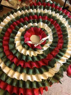 Red & Green Burlap Tree Skirt - Making It With Danielle
