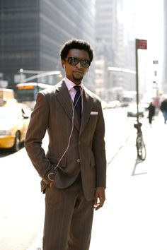 One of my favorite street style looks. Great balance of classic, fit, funky and modern